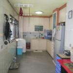 HDB resale @ 653A Jurong West kitchen