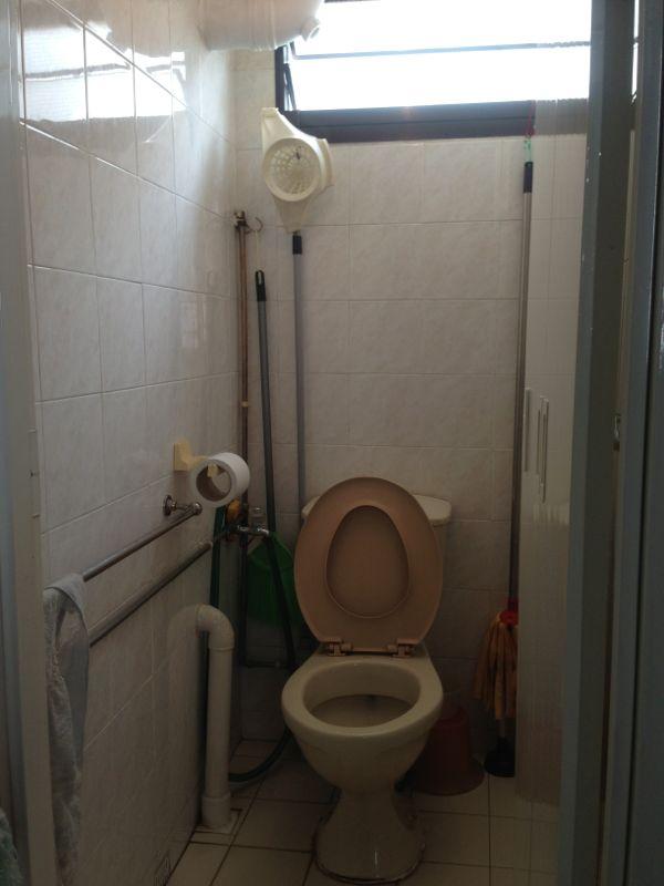 16 Upper Boon Keng Road additional bathroom
