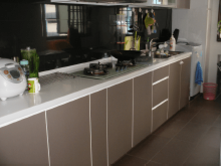 623 Senja Rd friendly kitchen design for the home chefs