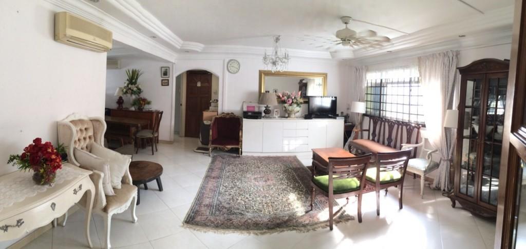 Blk 341 Woodlands Ave 1 Living room | HDB Jumbo Fat 5 Rooms.